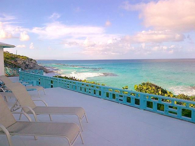 Casa Unifamiliar por un Venta en The Ocean Cliff Hous, Stella Maris Stella Maris, Long Island Bahamas