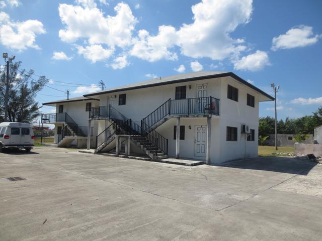 公寓 为 销售 在 Queens Highway Other Grand Bahama, Grand Bahama 巴哈马