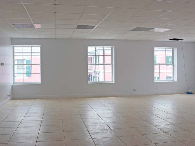 Additional photo for property listing at Bay Street (Nassau) Downtown, 新普罗维登斯/拿骚 巴哈马