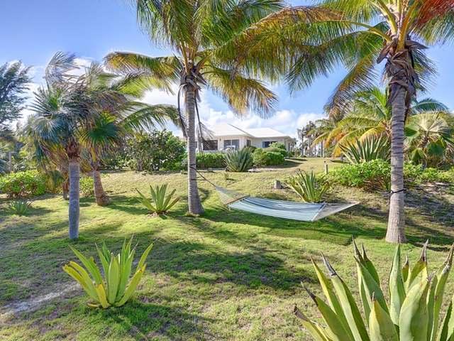 独户住宅 为 销售 在 SERENITY HOUSE, Double Bay 萨瓦纳, 伊路瑟拉 巴哈马