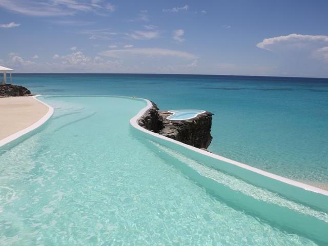Single Family Home for Sale at San Salvador : Earl Court Columbus Landings, San Salvador Bahamas