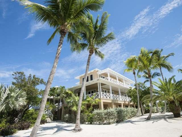 Additional photo for property listing at Foot's Cay Other Abaco, Abaco Bahamas