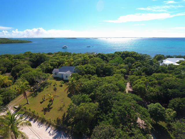 Single Family Home for Sale at Chele's Cottage, Chele's Cottage Elbow Cay, Abaco Bahamas