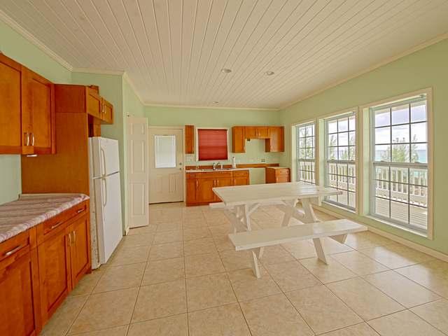 独户住宅 为 销售 在 Queen's Highway 萨瓦纳, 伊路瑟拉 巴哈马