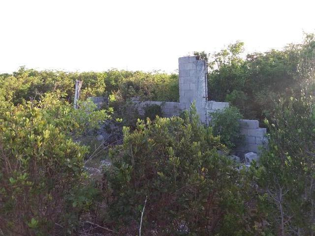 土地,用地 为 销售 在 Queens Highway, Gt. Exuma Farmers Hill, 伊克苏马海 巴哈马