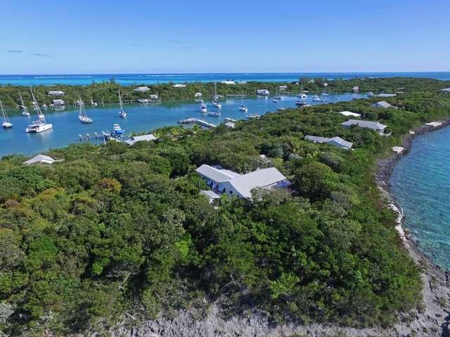 独户住宅 为 销售 在 Eastern Harbour Retreat Man-O-War Cay, 阿巴科 巴哈马