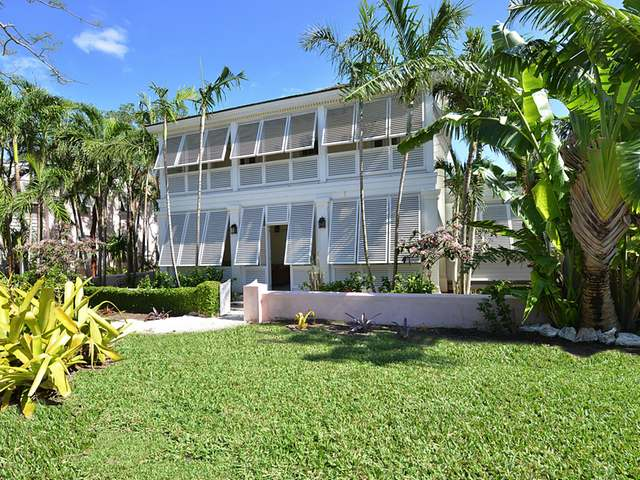 Single Family Home for Sale at 8 Old Fort Bay Old Fort Bay, Nassau And Paradise Island Bahamas