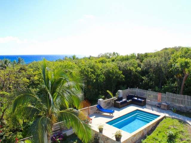 独户住宅 为 销售 在 My My Ocean Villa, Off Nesbitt Street Harbour Island, 伊路瑟拉 巴哈马