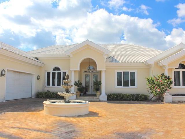 Casa Unifamiliar por un Venta en Private Canal Estate, 50 Bahama Reef Blvd Bahama Reef Yacht And Country Club, Gran Bahama Freeport Bahamas
