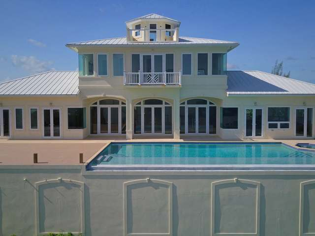 Casa Unifamiliar por un Venta en Andrew's Bluff Green Turtle Cay, Abaco Bahamas