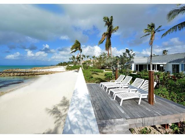 Casa Unifamiliar por un Venta en Casuarina Beach, Casuarina Lane Lyford Cay, Nueva Providencia / Nassau Bahamas