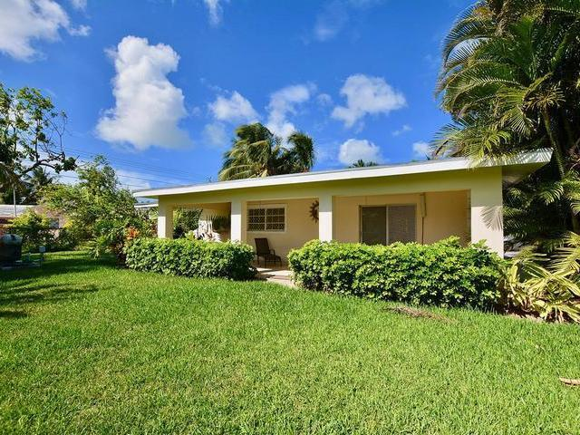 Casa Unifamiliar por un Venta en Sea Breeze Nassau, 10 Sea Breeze Nassau Sea Breeze, Nueva Providencia / Nassau Bahamas