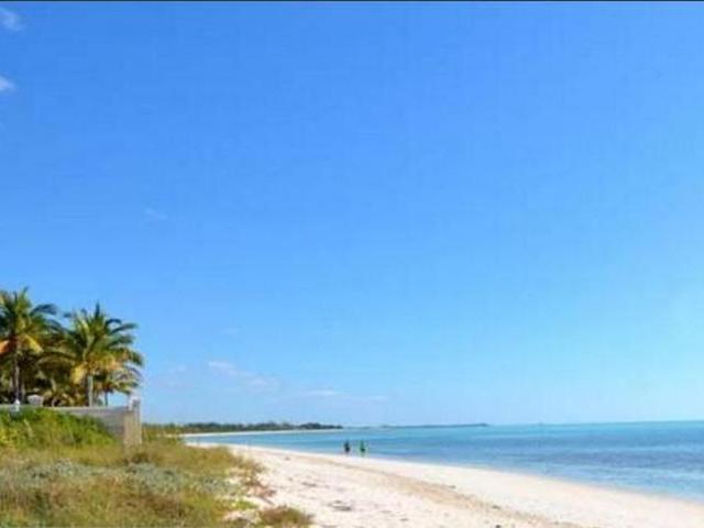 Casa Unifamiliar por un Venta en 33 Shoreline Doubloon Roa Fortune Bay, Gran Bahama Freeport Bahamas