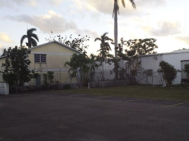 Additional photo for property listing at Thompson Boulevard Thompson Boulevard, Nassau And Paradise Island Bahamas