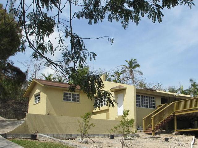 独户住宅 为 出租 在 Skyline Drive 海湾街, 新普罗维登斯/拿骚 巴哈马