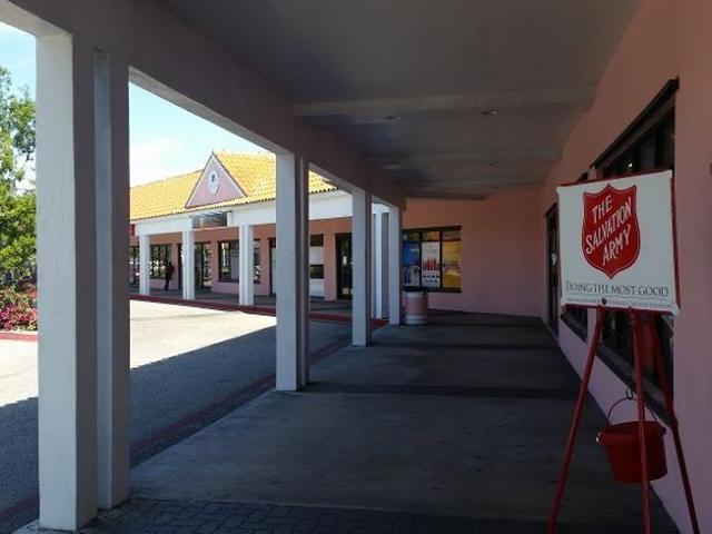 Comercial por un Alquiler en Harbor Bay Executive, 1 East Bay Street East Bay Street, Nueva Providencia / Nassau Bahamas