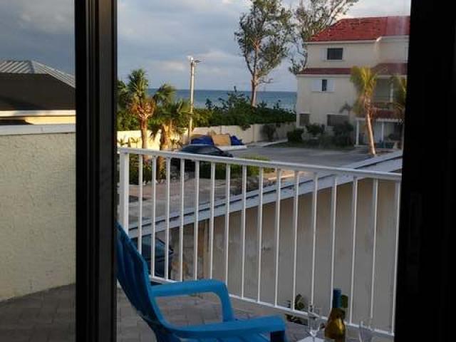 共管式独立产权公寓 为 销售 在 Port Of Call Drive Freeport, 大巴哈马/自由港 巴哈马