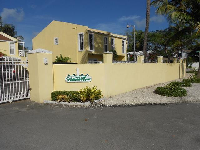 Condominio por un Alquiler en Hampshire Street Cable Beach, Nueva Providencia / Nassau Bahamas