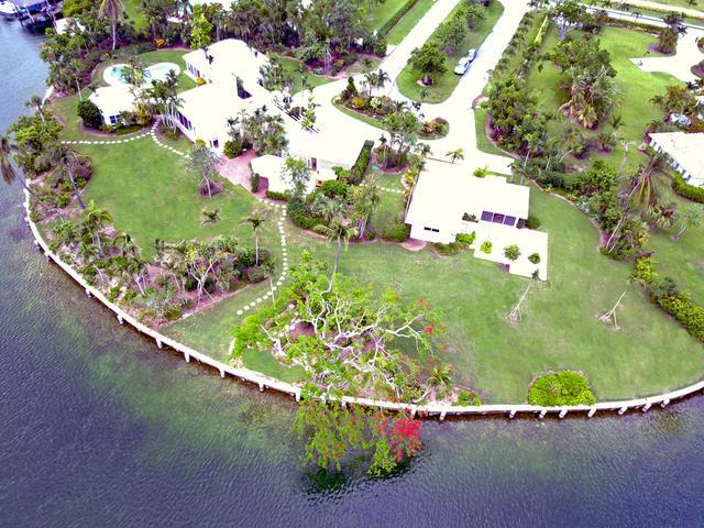 Single Family Home for Sale at Shamrock Road Lyford Cay, Nassau And Paradise Island Bahamas