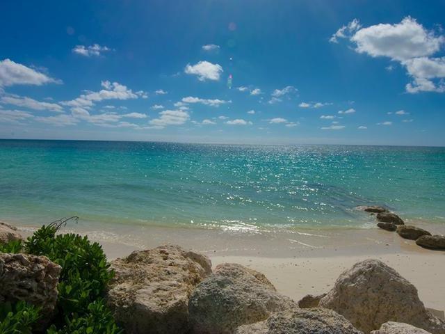 Condominio por un Venta en Beachfront 2 Br T-H Other Freeport And Grand Bahama, Gran Bahama Freeport Bahamas