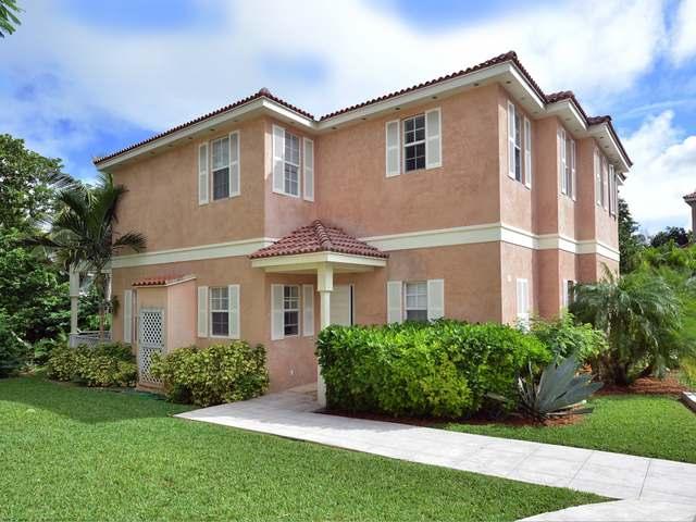 Condominio por un Venta en Balmoral Balmoral, Prospect Ridge, Nueva Providencia / Nassau Bahamas
