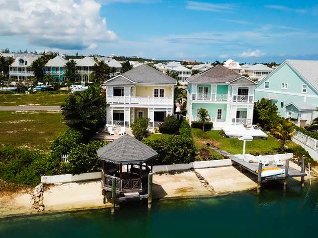 Single Family Home for Sale at Royal Palm Cay, 18b Sandyport Sandyport, Cable Beach, Nassau And Paradise Island Bahamas