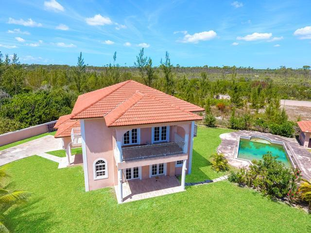 Casa Unifamiliar por un Venta en freehold, Beach-F Villa Fortune Bay Fortune Bay, Gran Bahama Freeport Bahamas