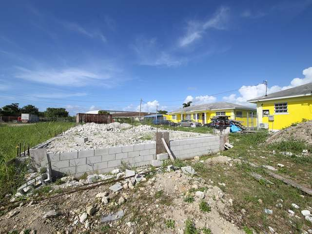 Multi-Family Home for Sale at Rocky Pine Road Rocky Pine Road, Gladstone Road, Nassau And Paradise Island Bahamas