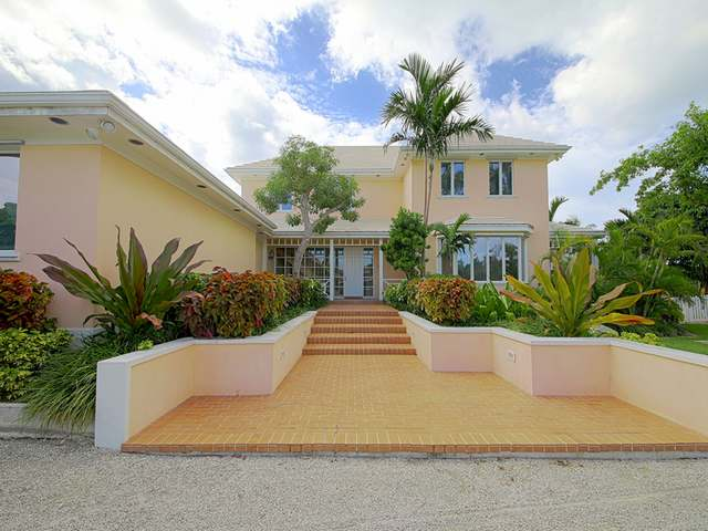 Single Family Home for Sale at Lyford Cay Lyford Cay, Nassau And Paradise Island Bahamas