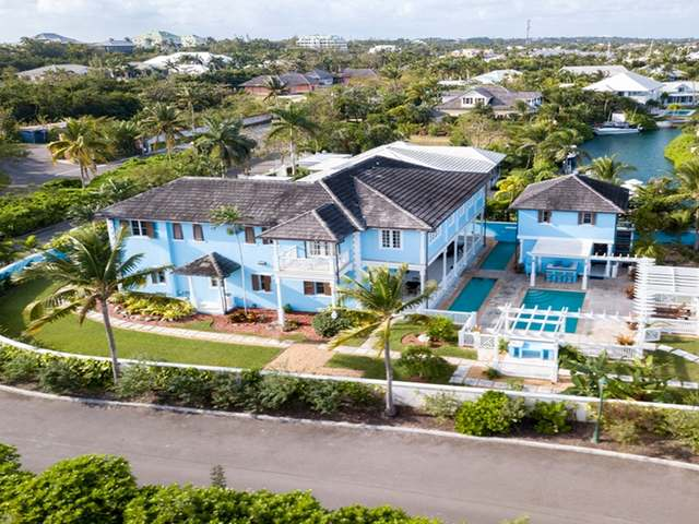 Single Family Home for Rent at Old Fort Bay Islands At Old Fort Bay, Old Fort Bay, Nassau And Paradise Island Bahamas