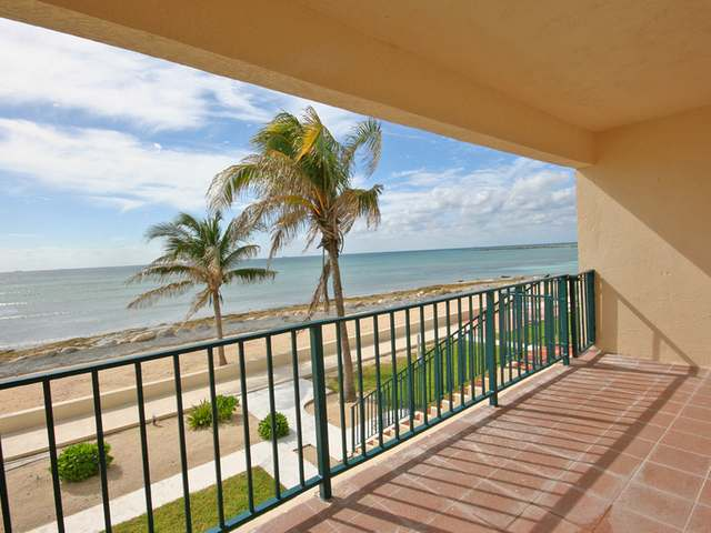 Additional photo for property listing at Port Of Call Drive Bahama Reef Yacht And Country Club, Freeport And Grand Bahama Bahamas