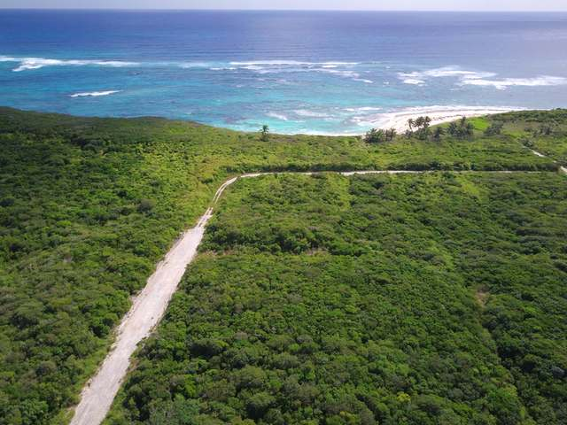 Terreno por un Venta en Apache Lot 5 Watching Bay Cherokee Sound, Abaco Bahamas