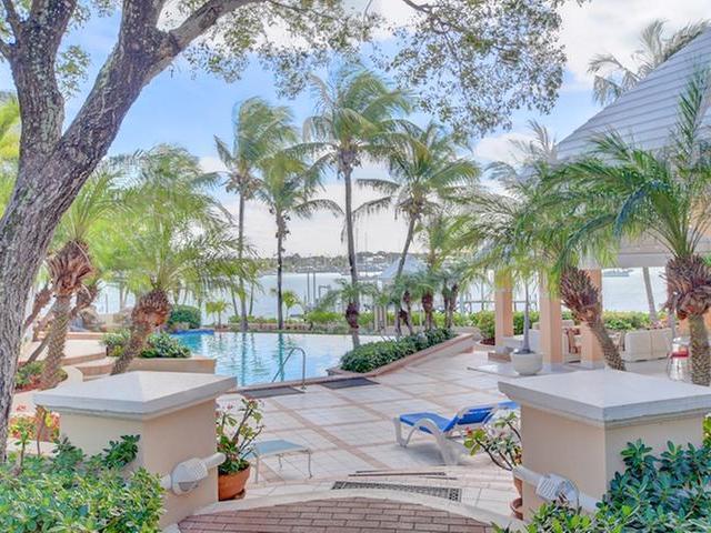 Casa Unifamiliar por un Venta en Villa Tatutina, 6 Pelican Shores Pelican Shores, Marsh Harbour, Abaco Bahamas