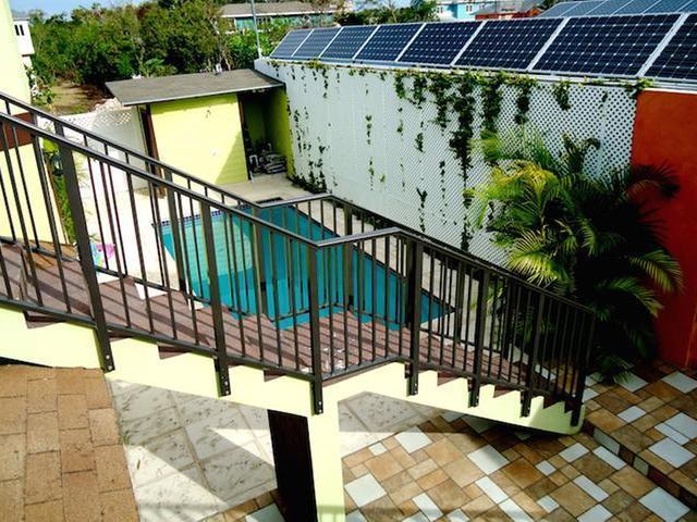 Casa Unifamiliar por un Venta en 35 Lake Cunningham Lake Cunningham, Nueva Providencia / Nassau Bahamas