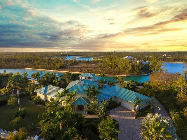 Casa Unifamiliar por un Venta en Waterfront Est Colony Bay Colony Bay, Gran Bahama Freeport Bahamas