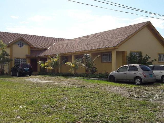 Casa Multifamiliar por un Venta en Triplex Lot, Sandilands Village Road Other New Nassau And Paradise Island, Nueva Providencia / Nassau Bahamas