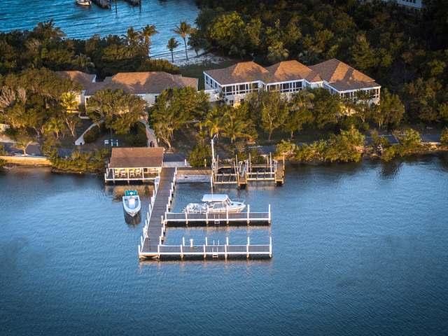 Casa Unifamiliar por un Venta en Sound Harbour Green Turtle Cay, Abaco Bahamas