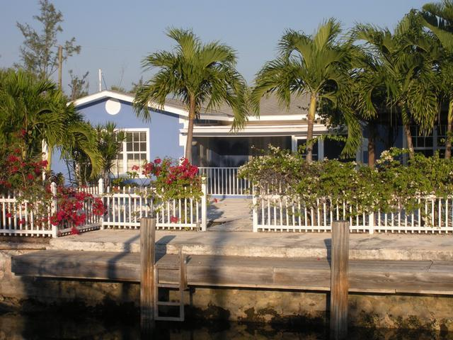 Single Family Home for Sale at Coral Harbour, 84 Coral Harbour Coral Harbour, Nassau And Paradise Island Bahamas