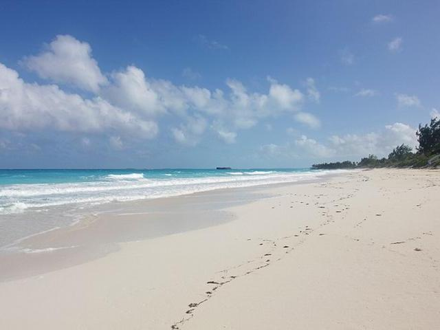 Single Family Home for Sale at Ocean Addition East, Breakwater Drive Bahama Sound, Exuma Bahamas