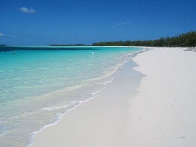 独户住宅 为 销售 在 Great Harbour Cay Great Harbour Cay, 贝里群岛 巴哈马