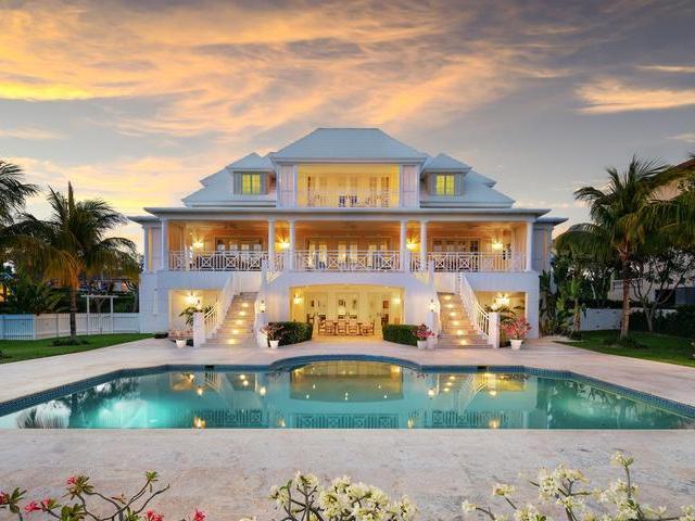 Single Family Home for Sale at Freehold, 59 Paradise Island Ocean Club Estates, Paradise Island, Nassau And Paradise Island Bahamas
