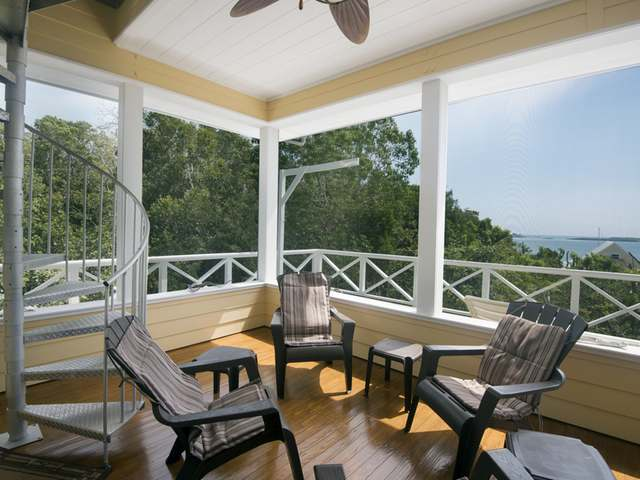 Single Family Home for Sale at Summer View Lubbers Quarters, Abaco Bahamas