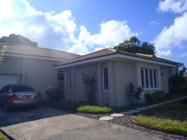 Casa Unifamiliar por un Venta en Single Family Home, Royal Tern Dr Lucaya, Gran Bahama Freeport Bahamas