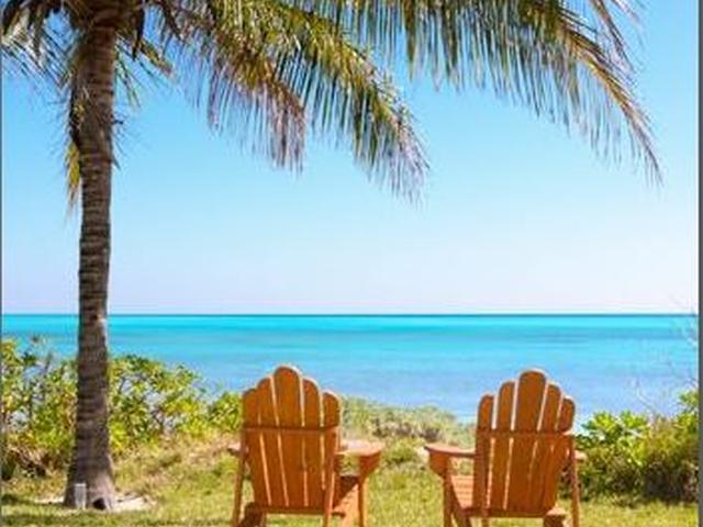 Casa Unifamiliar por un Alquiler en 33 Shoreline Beachfront Fortune Beach, Gran Bahama Freeport Bahamas