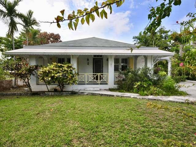 独户住宅 为 销售 在 Buen Retiro House, 10 Buen Retiro Shirley Street, Downtown, 新普罗维登斯/拿骚 巴哈马