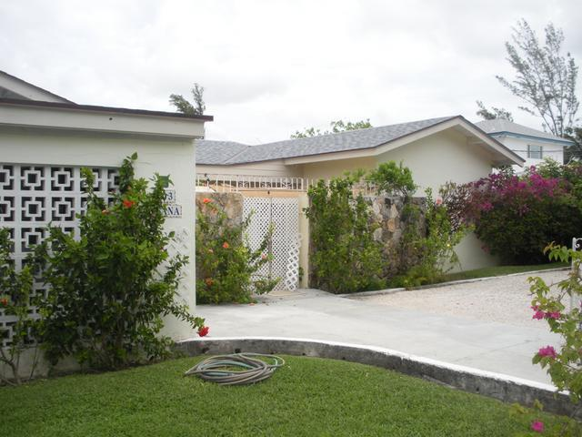 Single Family Home for Sale at Coral Harbour Canal, Bailey Drive Coral Harbour, Nassau And Paradise Island Bahamas