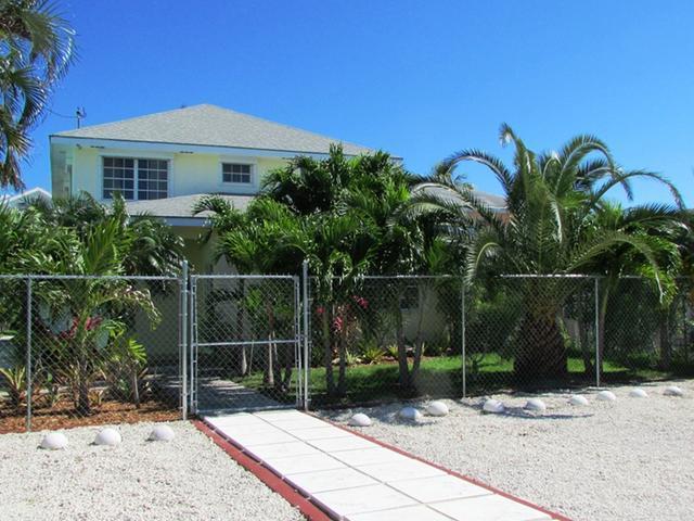 Condominio por un Alquiler en Seabeach Estates Cable Beach, Nueva Providencia / Nassau Bahamas