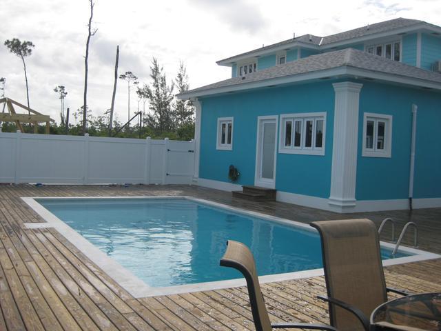 共管式独立产权公寓 为 出租 在 South Ocean Estates South Ocean, 新普罗维登斯/拿骚 巴哈马