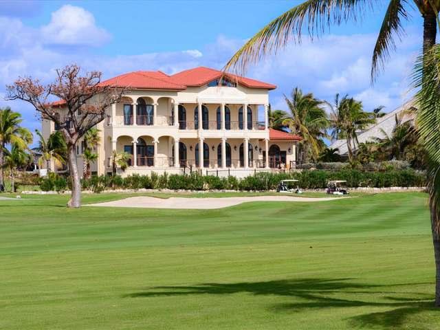 Casa Unifamiliar por un Venta en Ocean Club Estates Other New Nassau And Paradise Island, Nueva Providencia / Nassau Bahamas