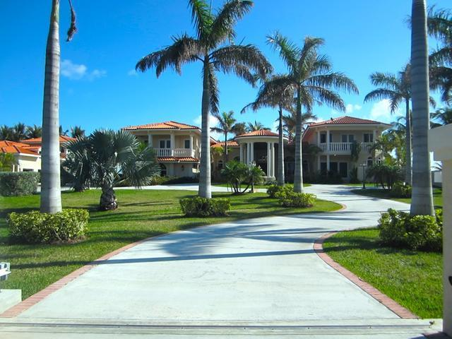 Single Family Home for Sale at 10 Gunport Blvd Fortune Cay Fortune Cay, Freeport And Grand Bahama Bahamas